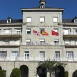 Una universidad de Ávila financia matrículas a cambio de 'retuits'